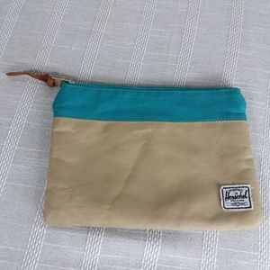 Herschel Supply Co Fleece Lined Field Pouch Bag